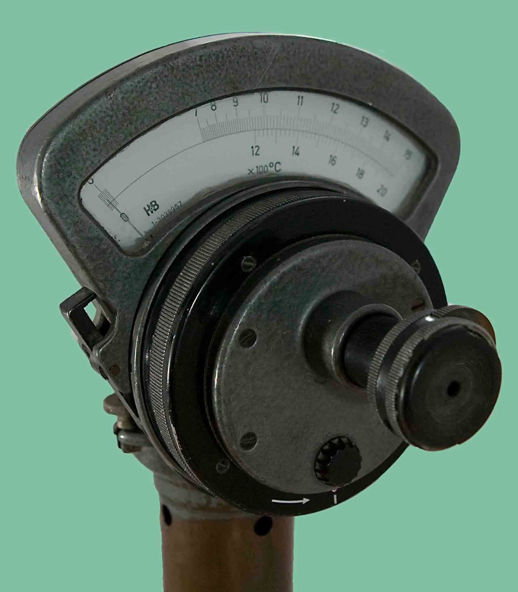 Deprez_Photo_Pyrometer_H&B_Front_view_dial.jpg