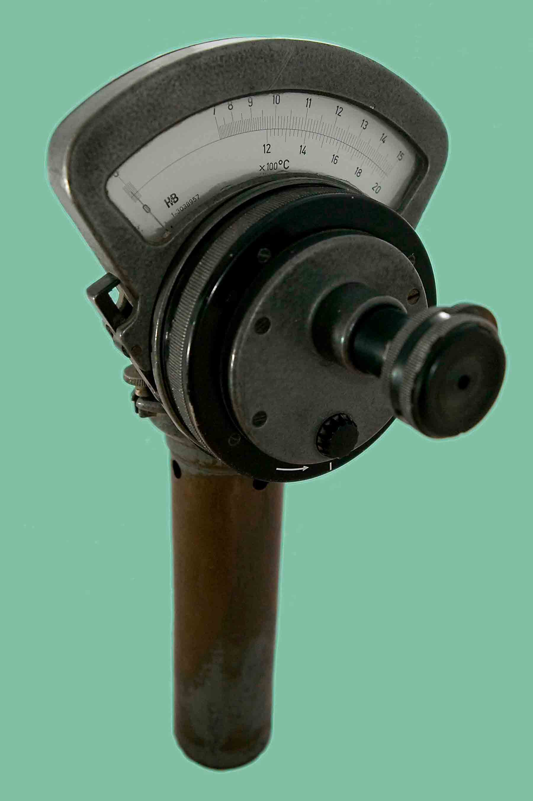 Deprez_Photo_Pyrometer_H&B_Front_view.jpg